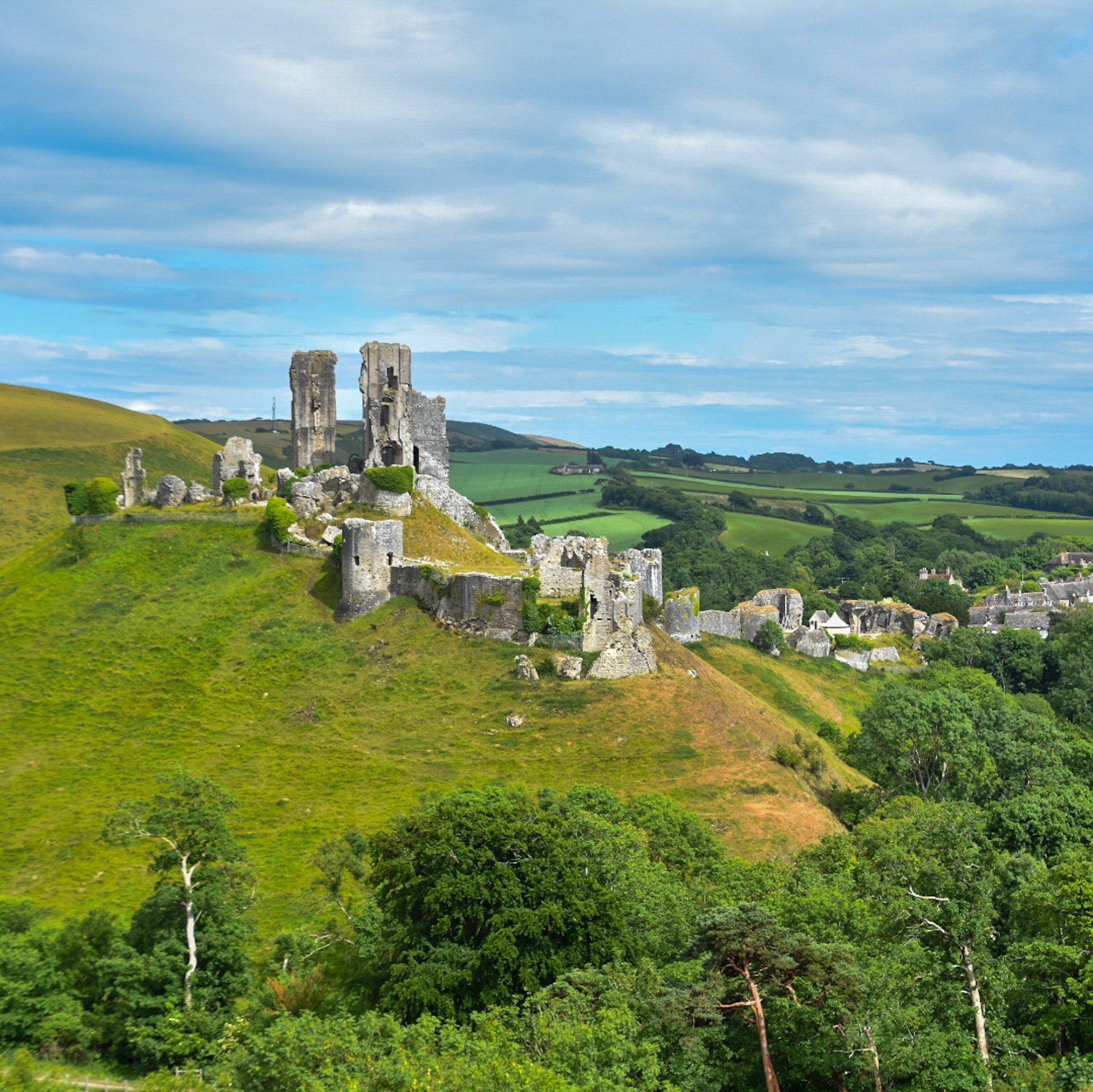 rovine di corfe castle