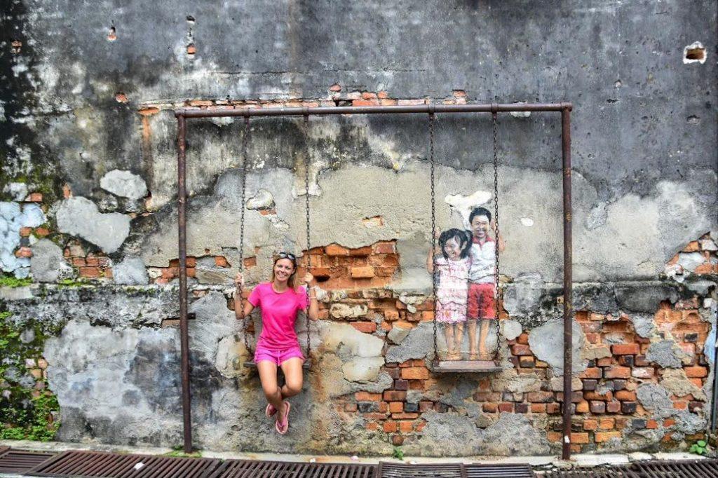 murales in penang