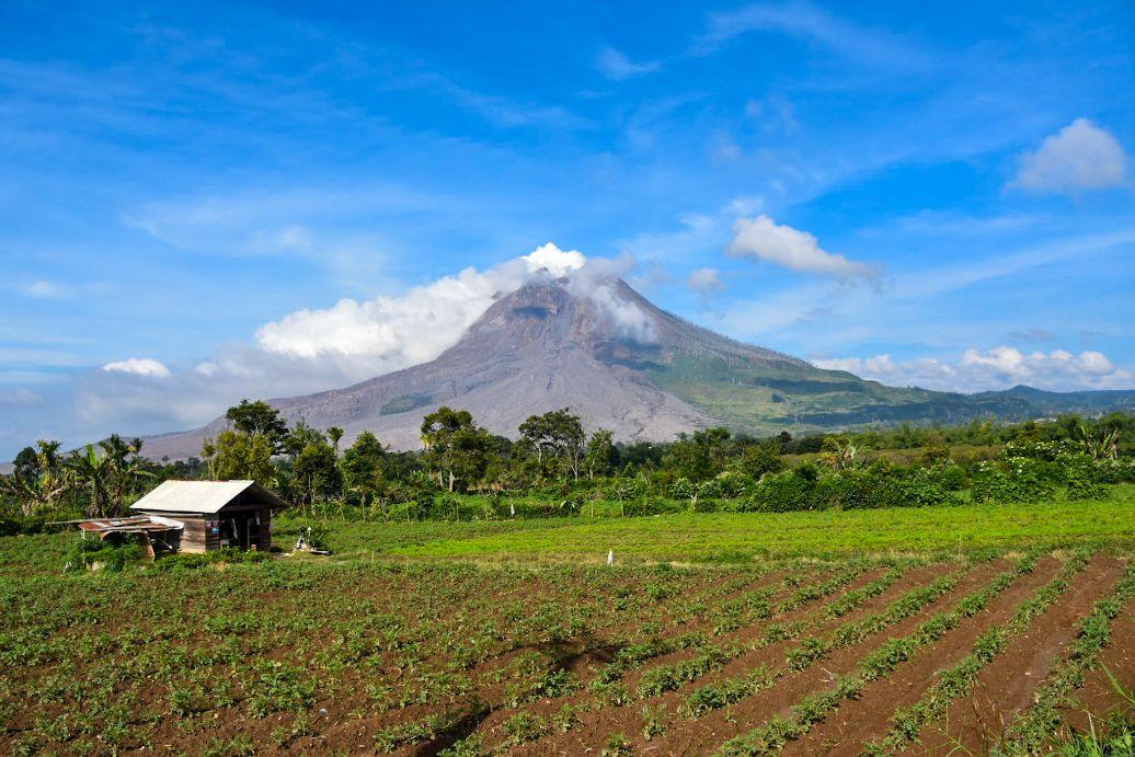berastagi vulcani