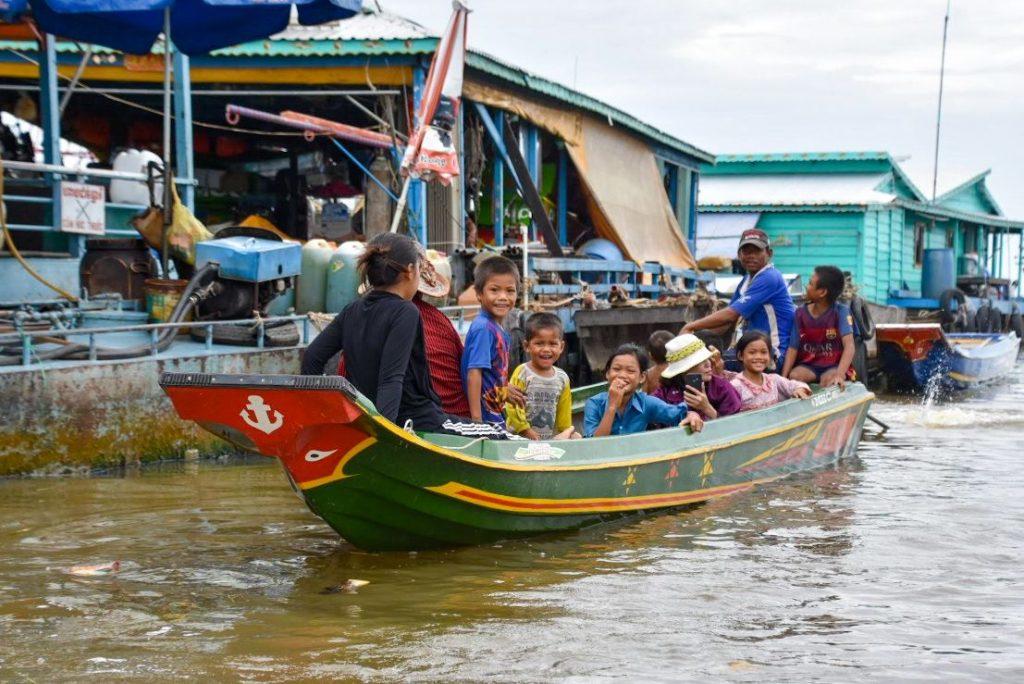 bambini a kompong luong