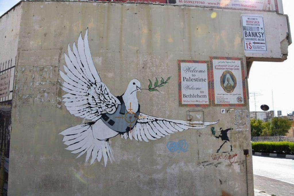 la colomba di banksy